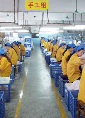 汕头澄海与东莞玩具产业一兴一衰的反思